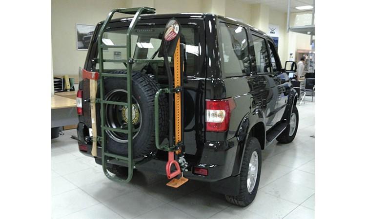 Силовой обвес на УАЗ Патриот для задней двери Ратник